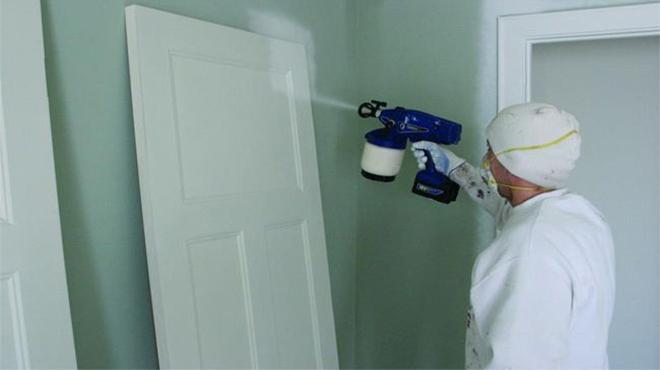 Hướng dẫn sơn cửa gỗ từ A đến Z nhanh chóng mà hiệu quả
